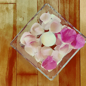 Flower petals in bowls
