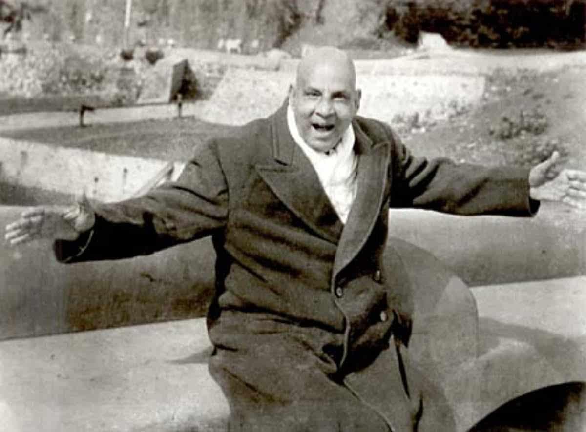 Swami Sivananda generous